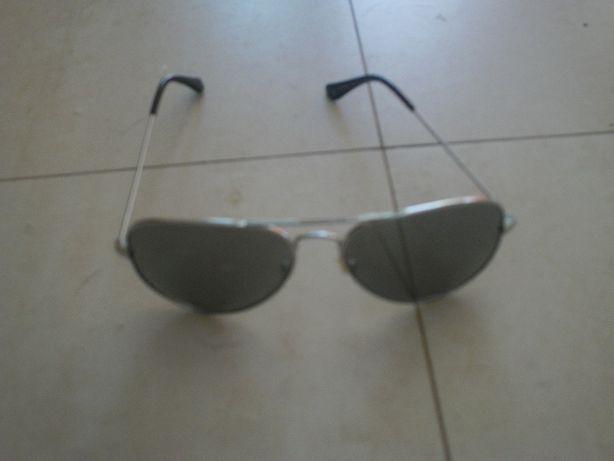 Óculos usados mas em bom estado