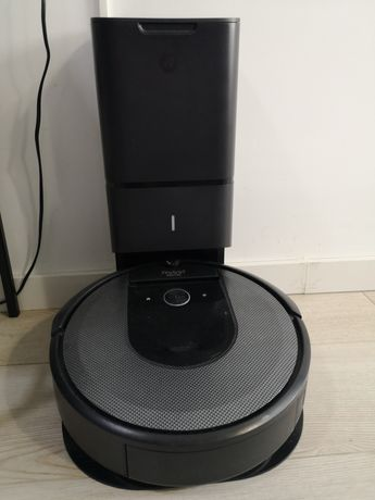 Aspirador Irobot Roomba i7 com base com deposito