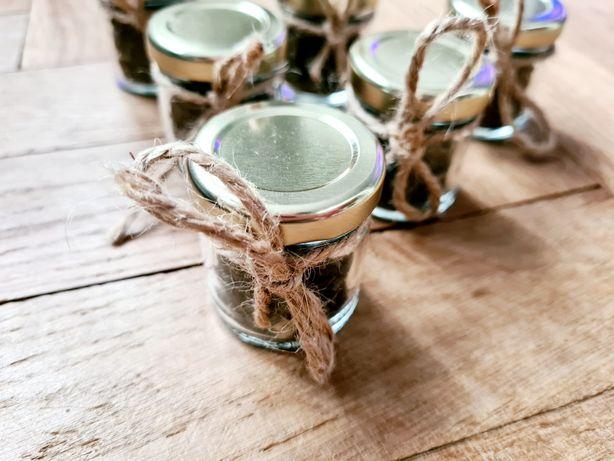 Prezenty dla gości herbata jaśminowa premium w słoiczkach juta 80 szt