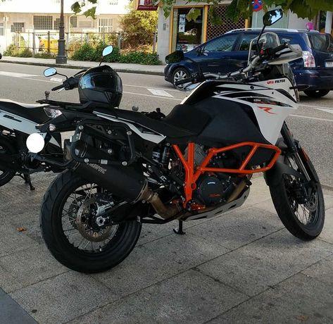 KTM 1090 Adventure R (Akrapovic homologado pela KTM + outros Extras)