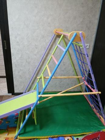 Детский спортивный комплекс, уголок, горка,
