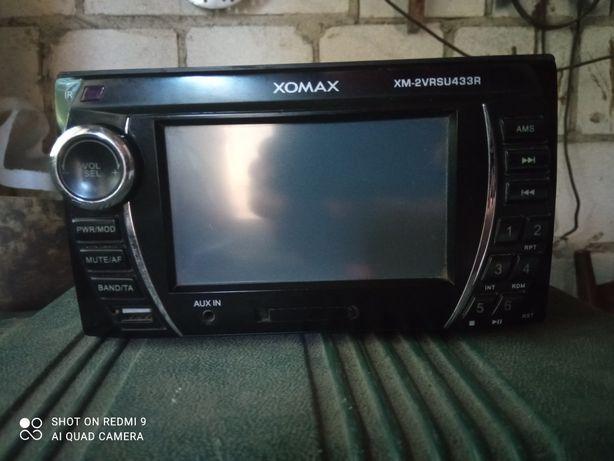 Radio xomax touchscreen