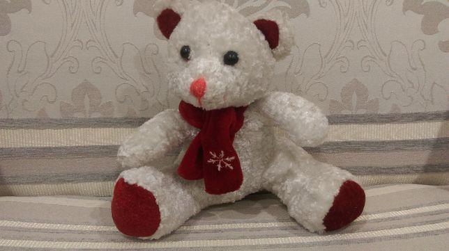 Мягкая игрушка белый мишка Умка.