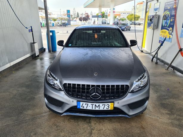 Mercedes-Benz C 300h AMG