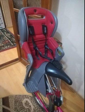 Детское велокресло Britax Romer Jockey Comfort