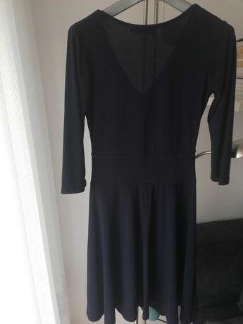 Granatowa sukienka. Stan b.dobry. Rozmar 36