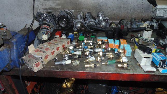 lote de peças auto multi-marcas material novo e usado em bom estado.