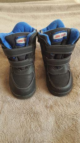 Черевики, ботинки, чоботи