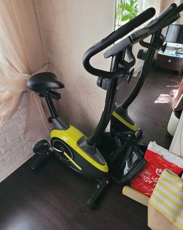Продается велотренажер HouseFit HB 8216 HP новый по хорошей цене