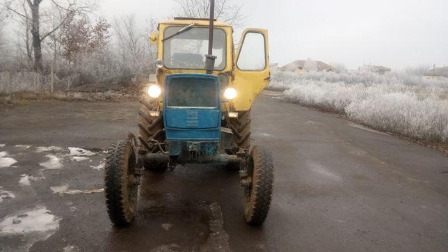 Трактор ЮМЗ 6 Л.