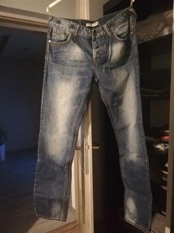 Spodnie męskie dżinsy