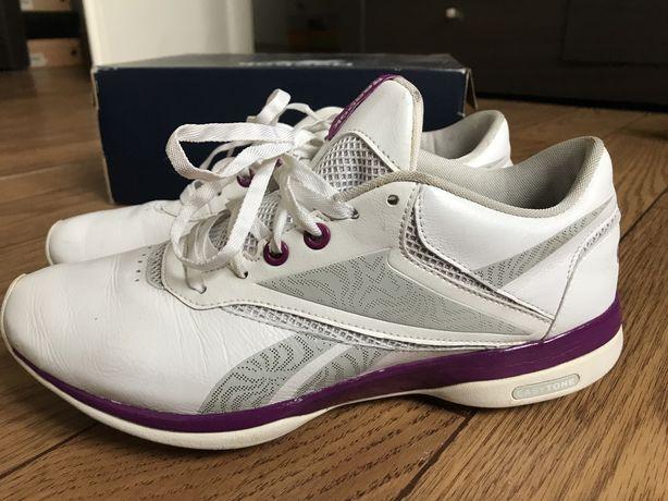 Жіночі фітнес кросівки Reebok EasyTone розмір 38,5