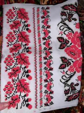 Рушник в українському стилі