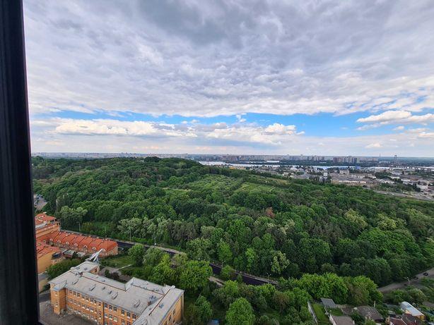 Продам 1-к(53м2)с видом на ботанический сад и Днепр в Бусов-хилл