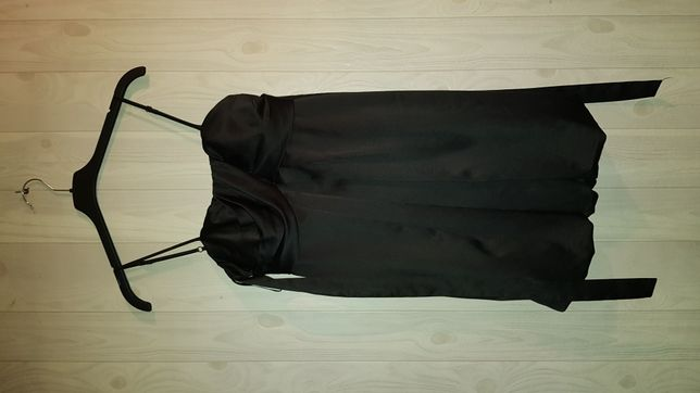 Sukienka krótka czarna mała czarna