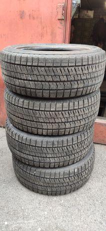 Резина зимняя 195*55*R15  Bridgestone  , НОВАЯ