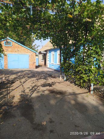 Продам Дом пгт Приазовское обмен на квартиру в Мелитополе с моей допл.
