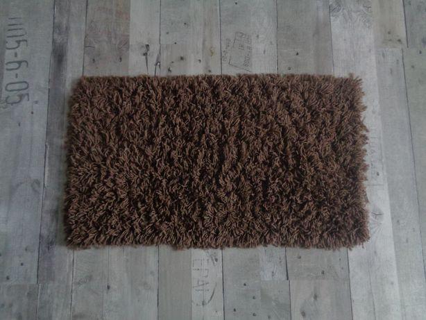 Dywan, dywanik brązowy