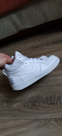 Stan idealny Nike court borough MID r.35.5/36