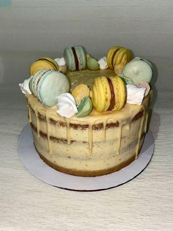 Торты, капкейки, пирожные