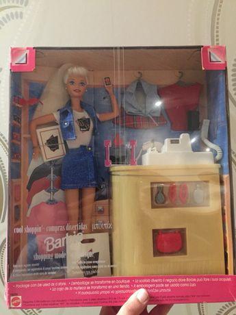 Barbie fun shop