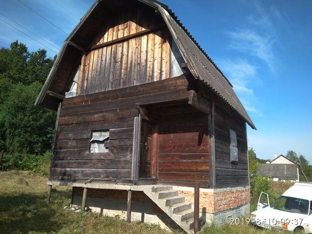 Дача ,деревяний будинок,земельний участок