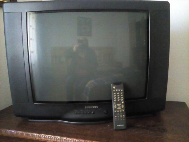 tv Samsung como nova
