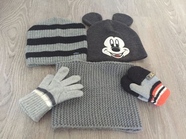 Шапки, снуд,  перчатки для мальчика