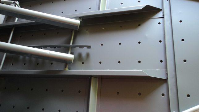 Гладильная Доска , устойчивая, крепкая -  основа металл. Недорого.