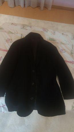 Casaco comprido preto