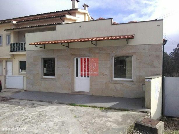 Imóvel com projecto para apartamentos Barroselas