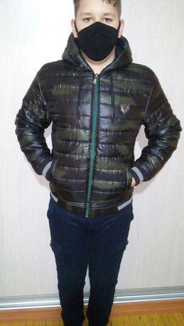 Святошино. Куртка для подростка на холодную осень.