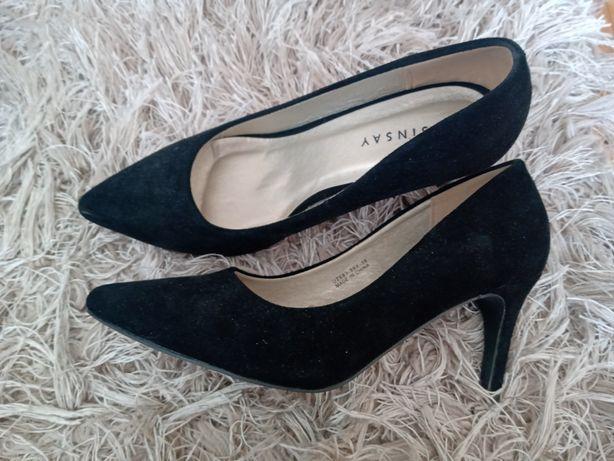 Nowe czarne szpilki Sinsay