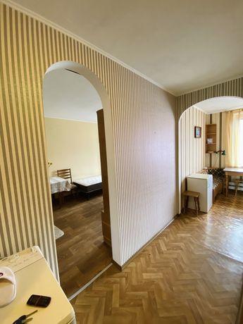 Сдам однокомнатную квартиру 5 мин. метро «Масельского»!