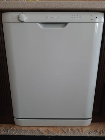 Посудомийка посудомийна посудомоечная машина ariston L 63 60 см
