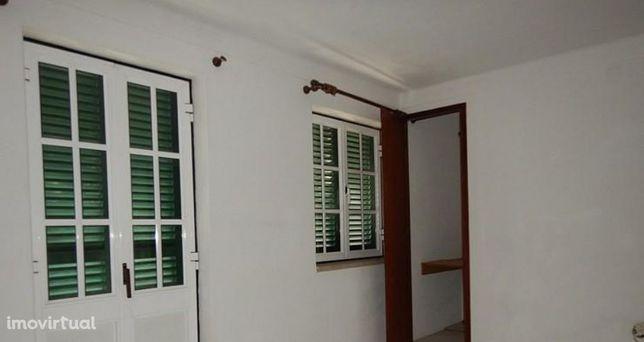 Moradia T3 em Idanha-a-Nova, valor do imóvel 45.000,00 €