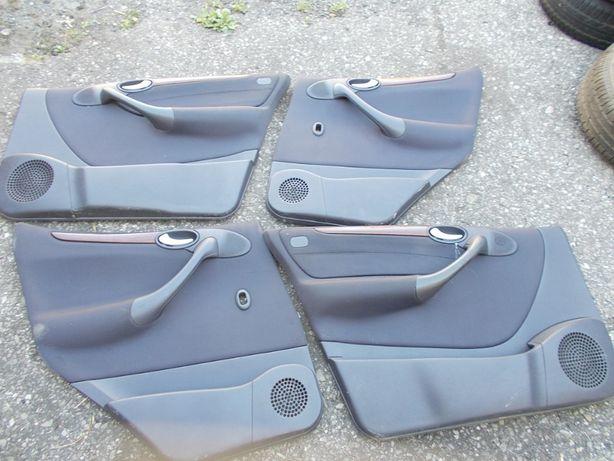 Mercedes-benz A170 1.7cdi 01r w168 tapicerka boczek drzwi boczki
