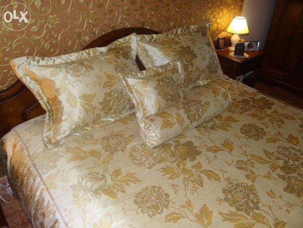 Unikalny komplet wyposażenia sypialni