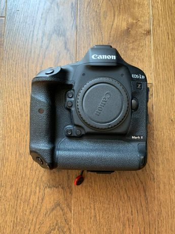 Продам Canon EOS 1DX Mark II