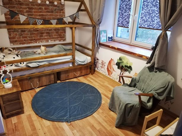 Łóżko domek drewniany z szufladami