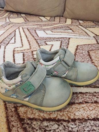 Продаю шкіряні туфельки