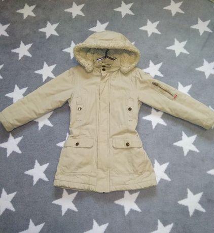 Куртка для девочки 134см