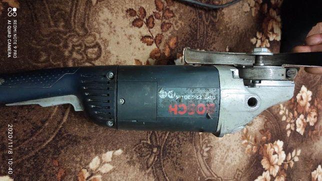 Продам профессиональную болгарку Bosch 230