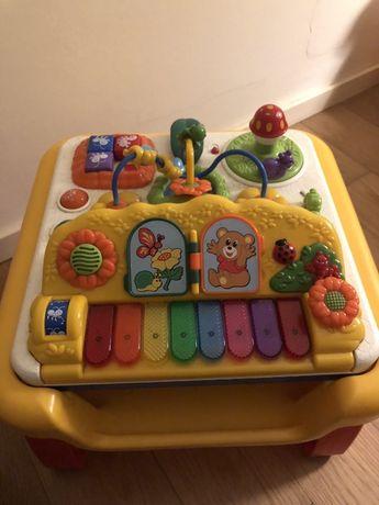 Mesa de brincar para bebé da chicco
