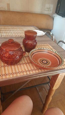 Глиняная посуда,горшки и салатник