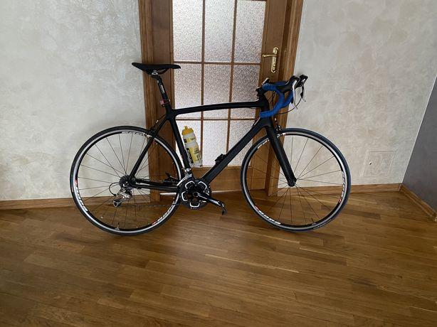 Карбоновый шоссейник велосипед