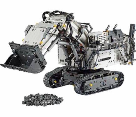 Конструктор LEGO Technic Экскаватор Liebherr R 9800 на управлении (421