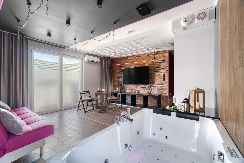 Apartament z jacuzzi