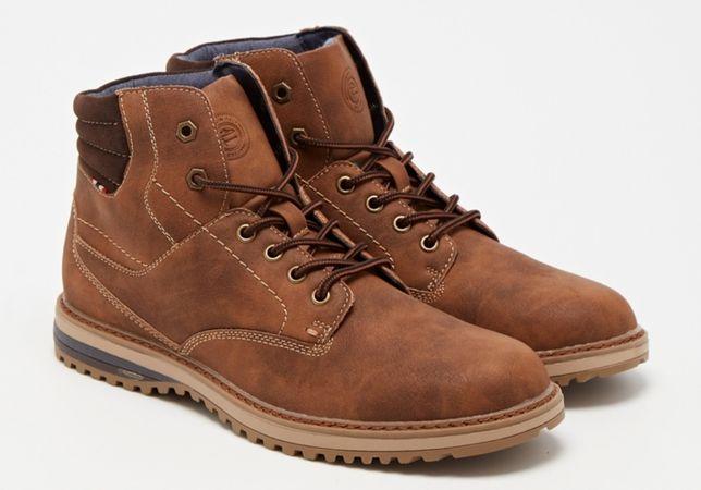Vende-se botas Bata 40 novas, homem