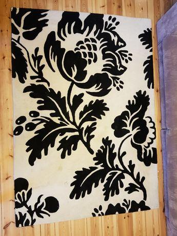 Dywan wełniany tkany ręcznie czarno-biały